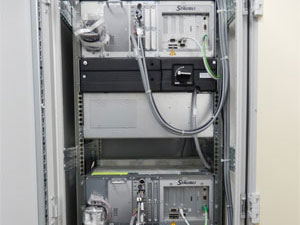 Control cabinet with two Stäubli robot controls